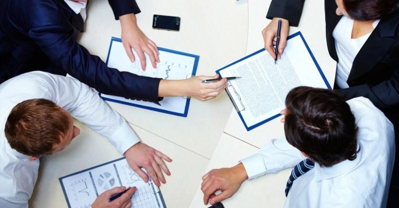 Abogados en negociación colectiva y representación de los trabajadores